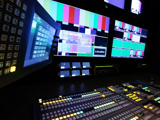 Streaming video programable